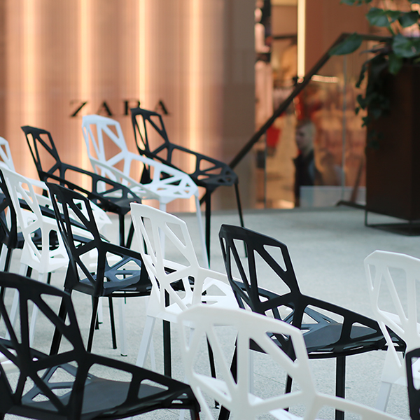 Krzesla Geometric Wypozyczalnia Mebli Magnetic Group Trojmiasto Gdynia Gdansk Sopot WYnajem Mebli 11WEB
