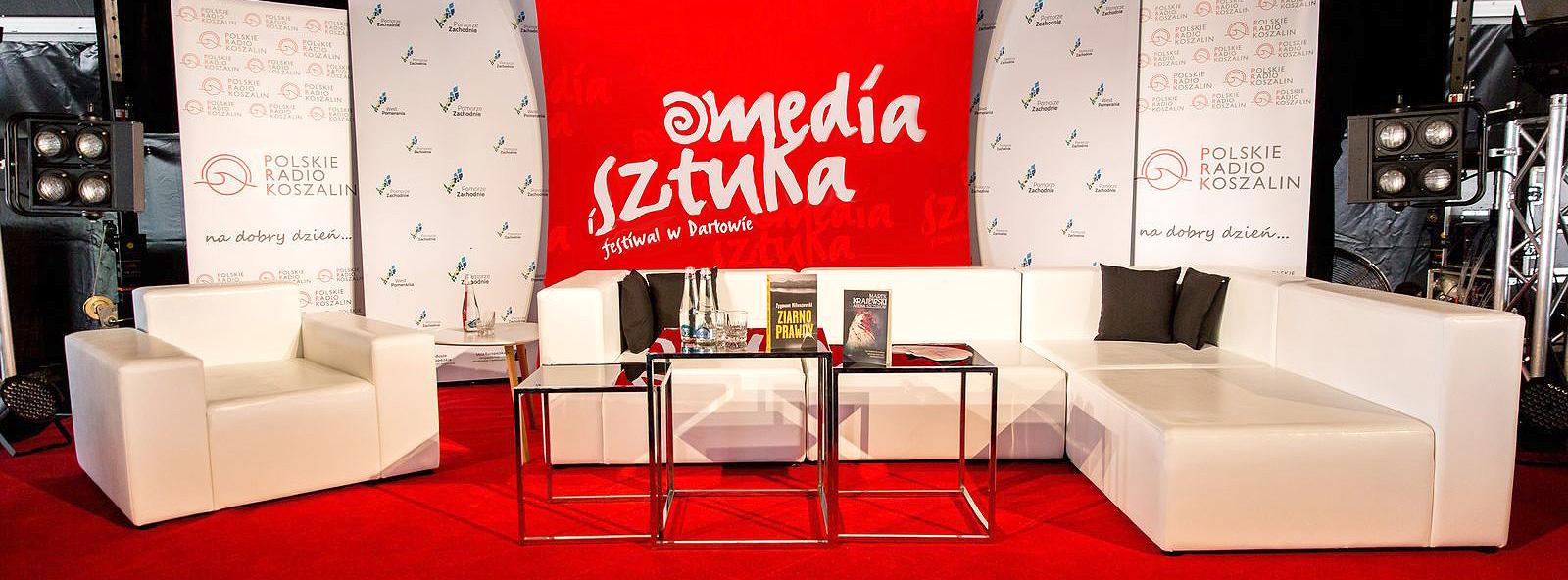Media-i-Sztuka-MMeble-Magnetic-Group2