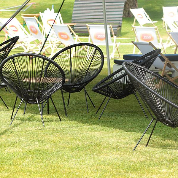 Fotele Moss WEB Wypozyczalnia Mebli Wynajem Mebli Magnetic Group Trojmiasto Gdynia Sopot Gdansk