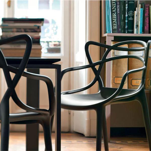 Krzesła Masters