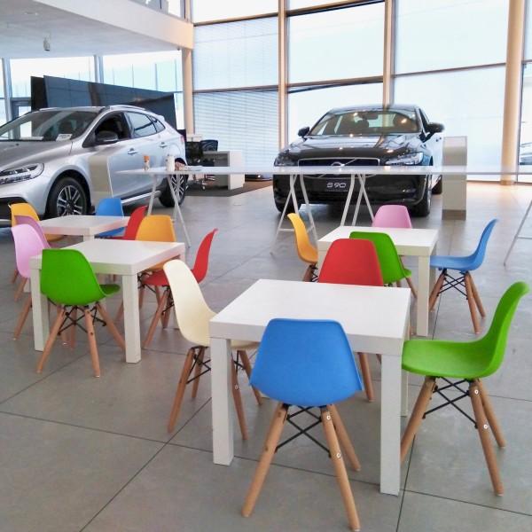 Krzesla Zoya dla dzieci wynajem mebli wypozyczalnia mebli magnetic group trojmiasto sopot gdansk gdynia