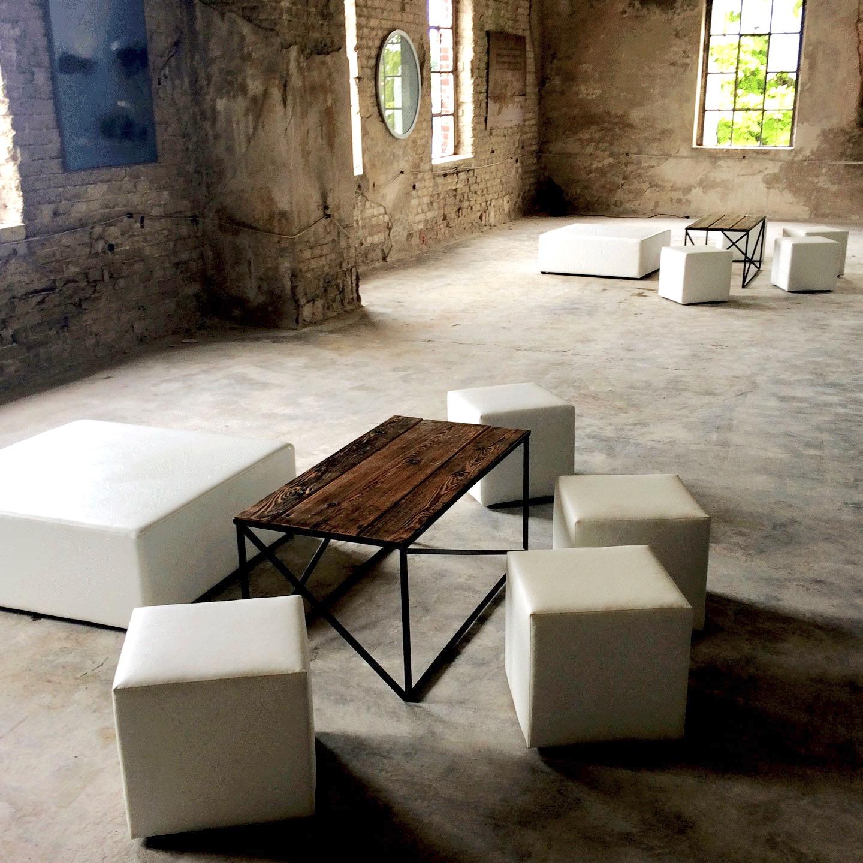 Pufy-Cubo-XL,-pufy-Cubo-Wynajem-Mebli-Magnetic-Group-Wypozyczalnia-Mebli-Gdynia-Sopot-Gdansk-Trojmiasto-web