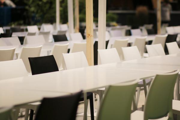 Krzesla Rio Stoly Nova Wypozyczalnia Mebli Magnetic Group WYnajem mebli Trojmiasto Gdynia Gdansk Sopot