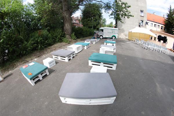 Siedziska Manolo Syoliki Mat Stoliki Pat Stoliki Eko Krzesła Rio Namiot Bolt wynajem Mebli Magnetic Group Wypozyczalnia Trojmiasto Gdynia Gdansk Sopot