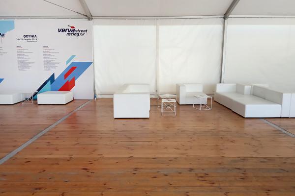 Sofy modulowe Tetris stoliki astro pufy cubo xl Wynajem mebli Magnetic Group Wypozyczalnia Mebli Trojmiasto Gdynia Gdansk Sopot