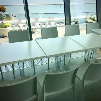 Stoliki Degas Krzesla Rio Wynajem Mebli Magnetic Group Sopot Gdynia Gdansk Trojmiasto