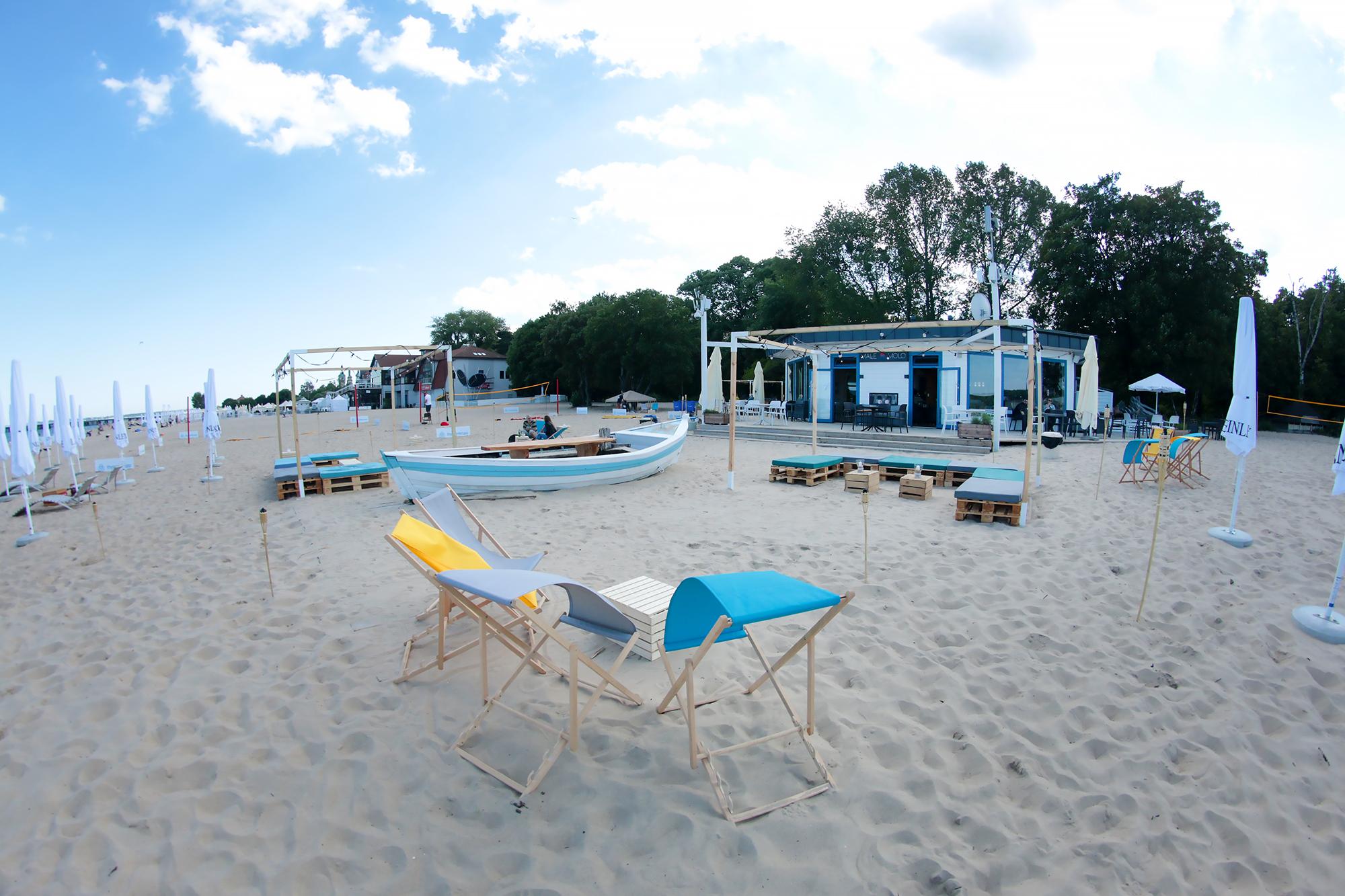 Altany Tropical Girlandy 18m Siedziska Manolo Stoliki Eko Wynajem Mebli Magnetic Group Trojmiasto Gdynia Gdansk Sopot