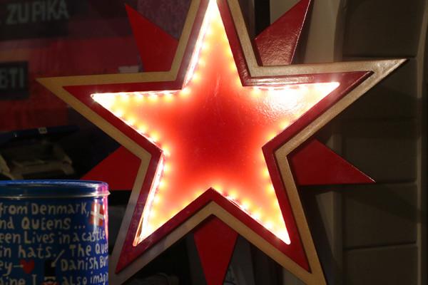 Gwiazdy ozdobne lampy led Star Wynajem Mebli Magnetic Group Wypozyczalnia Mebli Trojmiasto Gdynia Gdansk Sopot Torun Bydgoszcz Poznan Olsztyn