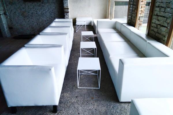 Stoliki Astro Fotele Miles Moduły Tetris Wynajem Mebli Magnetic Group Sopot Gdynia Gdansk Trojmiasto