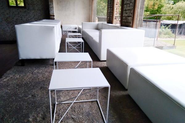 Stoliki Astro Fotele Miles Pufy Cubo XL Moduły Tetris Wynajem Mebli Magnetic Group Sopot Gdynia Gdansk Trojmiasto