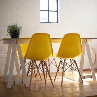 Krzesla DSW zolte wynajem mebli wypozyczalnia magnetic group sopot gdynia gdansk trojmiasto