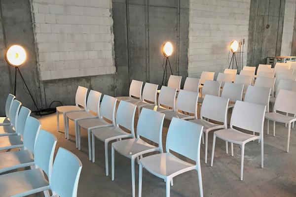 Lampy Oko Krzesla Rio Wynajem Mebli Magnetic Group Wypozyczalnia Mebli Trojmiasto Gdynia Gdansk Sopot Bydgoszcz Torun Ostroda Olsztyn